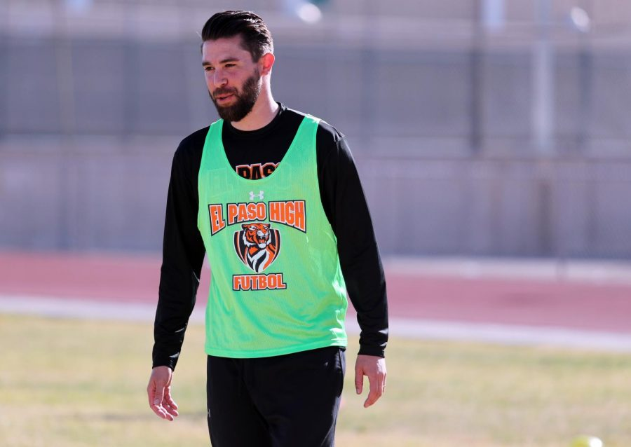 Girls soccer head coach, Peter Fargo, begins his first year at the helm takes over a team that finished 20-5 last season.