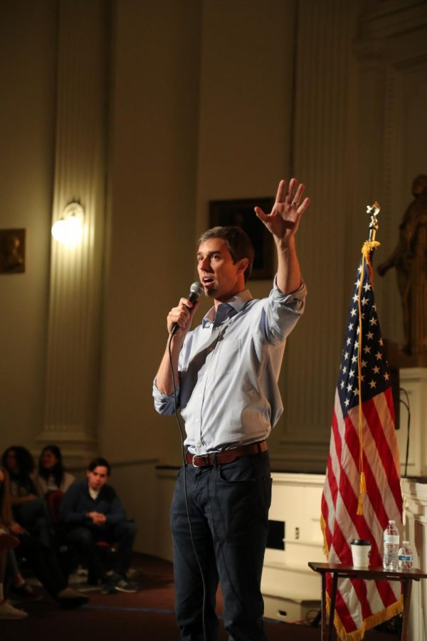 Congressman+Beto+O%27Rourke+held+town+hall+at+El+Paso+High+School+on+March+2%2C+where+gun+control+led+most+of+the+conversation.