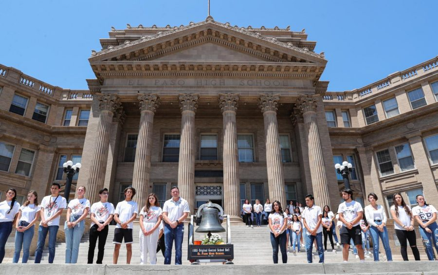 On Aug. 16, the El Paso High School Student Council organized a gathering for the bell ringing in memory of the victims who died after the Aug. 3 Walmart shooting.